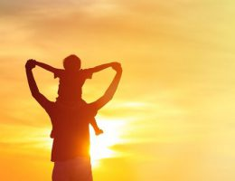 پدر و نقشهایی فراتر از تامین مالی خانواده